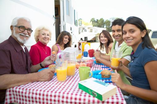 Famille terrasse mobil-home