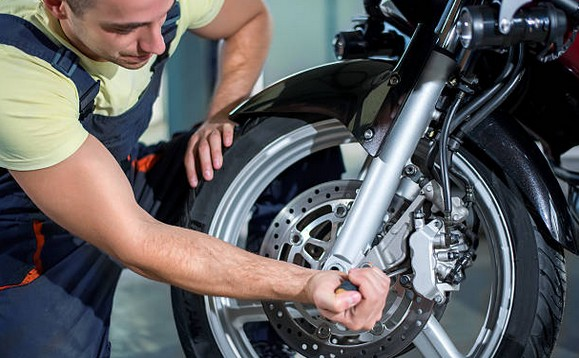 reglage-reparation-moto