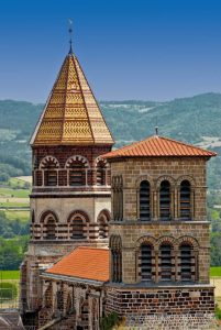 Monuments religieux en Auvergne