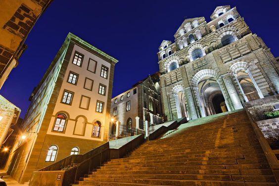 Visiter la Cathédrale du Puy en Velay