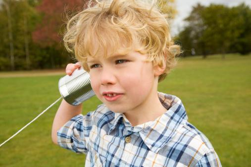 garçon telephone conserve