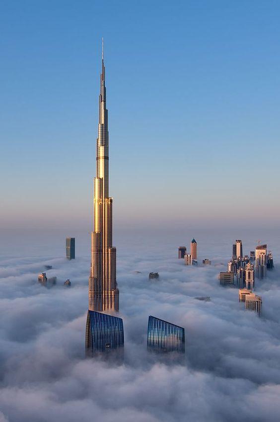 Dubai : zoom sur la Burj Khalifa, la plus haute tour du monde